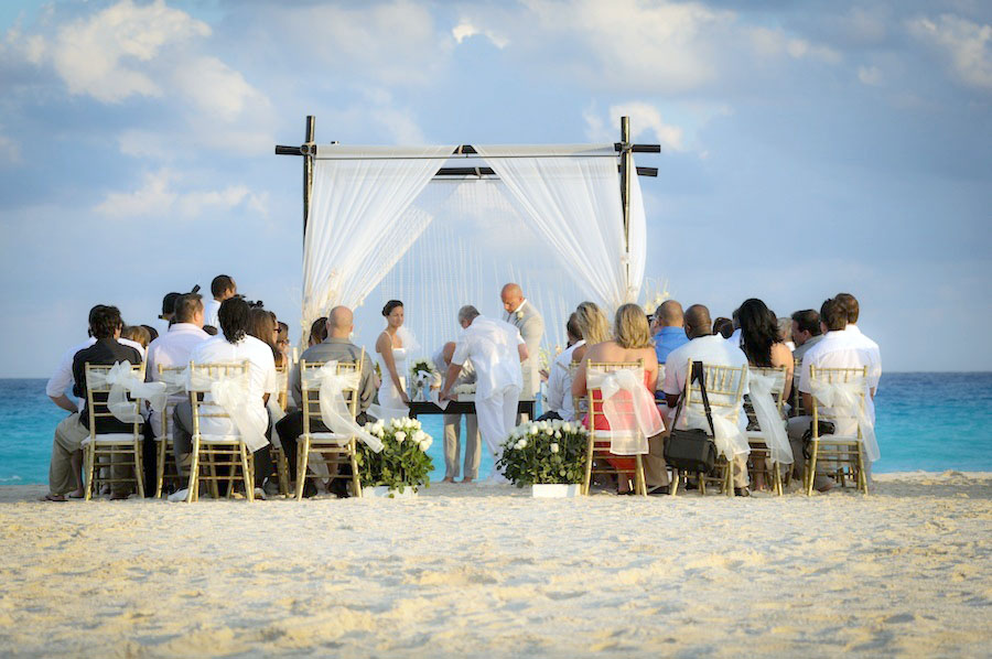 le blanc wedding on the beach