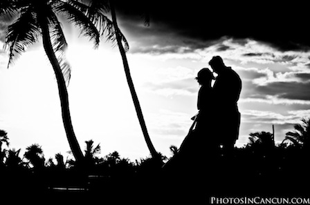 Photos In Cancun - Dreams Tulum Wedding Photographer